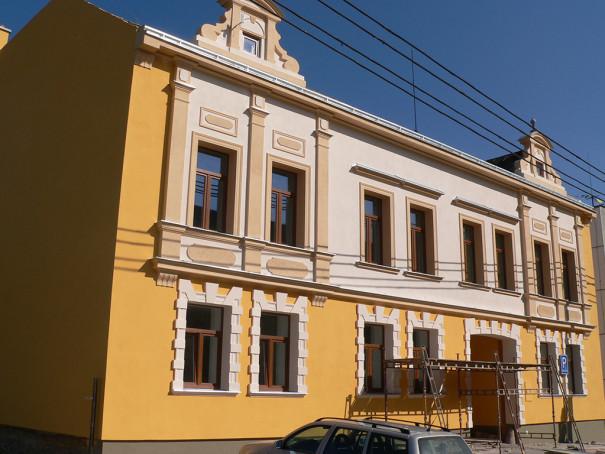 Jaroslavice restaurace - malířské práce 1